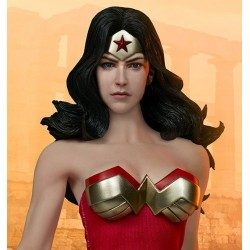 Wonder Woman Sideshow Collectibles