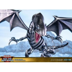 Blue-Eyes White Dragon Silver Edition First 4 Figures